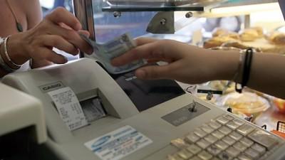 Έως την 31η Δεκεμβρίου η απόσυρση των ταμειακών μηχανών που δεν μπορούν να συνδεθούν online με την ΑΑΔΕ