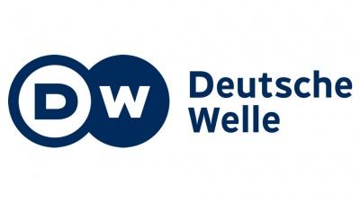 Deutsche Welle: Φουντώνει η δυσαρέσκεια κατά του Macron