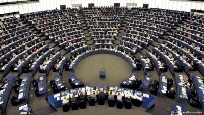 Το Ευρωκοινοβούλιο ζητά από το Συμβούλιο πρόσθετες κυρώσεις στη Ρωσία μετά τη φυλάκιση Navalny