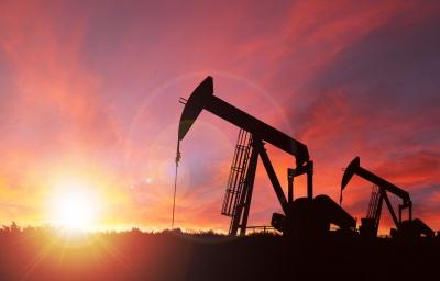 ΗΠΑ: Σημαντική μείωση στις πλατφόρμες εξόρυξης πετρελαίου, έφθασαν τις 438