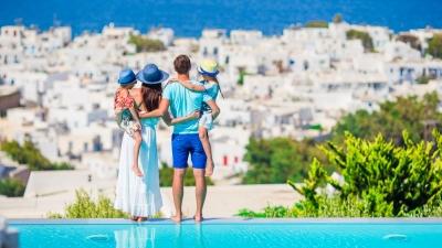 Forbes: Η Ελλάδα ανοιχτή σε Αμερικανούς ταξιδιώτες χωρίς περιορισμούς