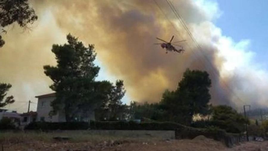 Πυρκαγιά στην Ζήρια Αχαΐας – Κάηκαν σπίτια, εκκένωση οικισμών, ρυθμίσεις στη Γέφυρα Ρίου - Αντιρρίου