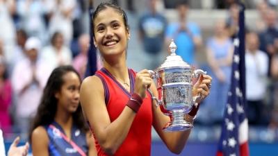 Έμα Ραντουκάνου: «Χρυσάφι» στα πόδια της… νέας βασίλισσας του US Open!