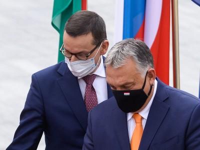 Ικανοποίηση από Πολωνία και Ουγγαρία αλλά και προσφυγή στο Ευρωπαϊκό Δικαστήριο