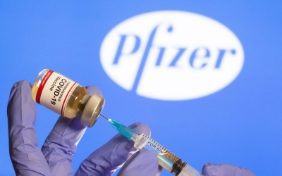EE: Λιγότερες κατά 10 εκατομμύρια ή 30% οι παραδόσεις εμβολίων από τη Pfizer - BioNTech το Δεκέμβριο