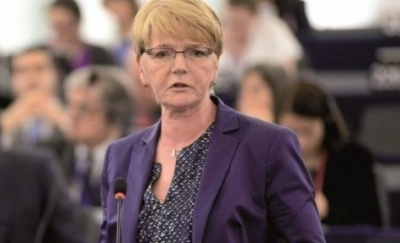 Zimmer (Die Linke): Δεν υπάρχει διάθεση για ριζική λύση στο θέμα του ελληνικού χρέους