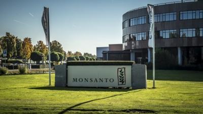 Γαλλία: Πρόστιμο 400.000 στη Monsanto για παράνομες πρακτικές lobbying – Η υπόθεση της γλυφοσάτης