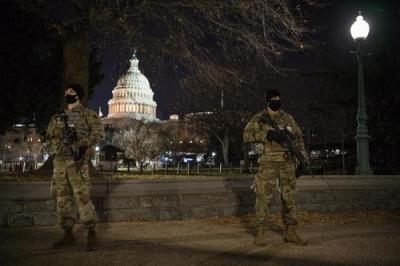 Δημοσκόπηση: Το 63% των Αμερικανών θεωρεί ότι η ενισχυμένη κυβερνητική εξουσία απειλεί τις ατομικές ελευθερίες