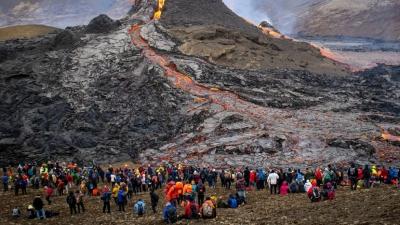 Εντυπωσιακές εικόνες από την έκρηξη ηφαιστείου στην Ισλανδία - Ενεργοποιήθηκε έπειτα από 800 χρόνια