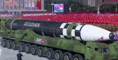 Για πρώτη φορά από το 2018 η Βορέα Κορέα παρουσιάζει έναν μεγάλο διηπειρωτικό πύραυλο ICBM