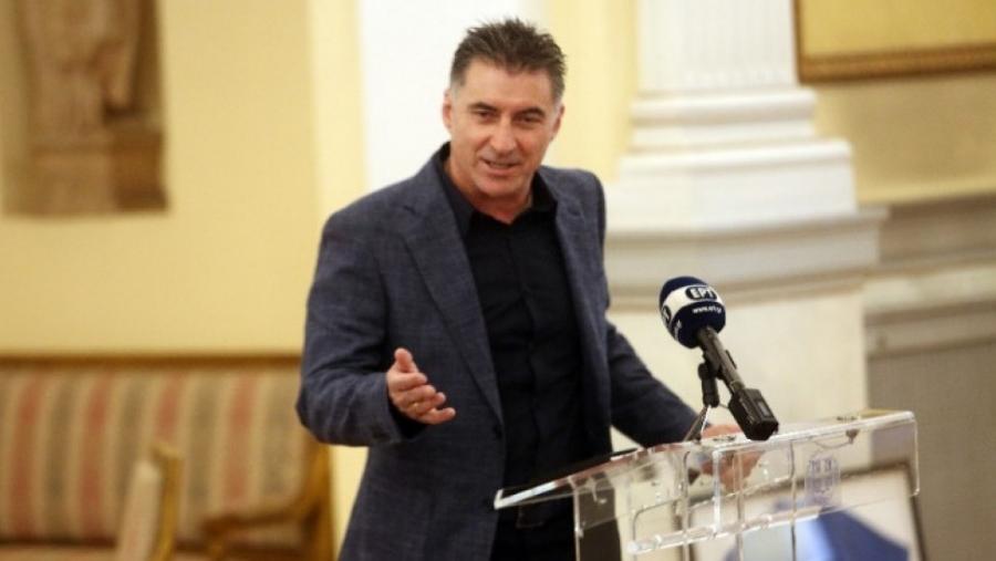 Νέος πρόεδρος της ΕΠΟ ο Θοδωρής Ζαγοράκης