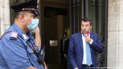 Ιταλία: Ξανά στο εδώλιο για το μεταναστευτικό ο Salvini