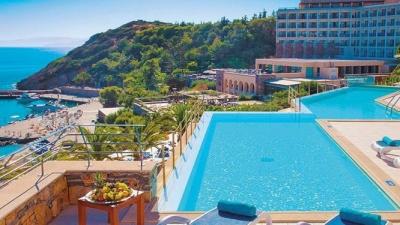 Υποτονικός τουρισμός με ανοιχτό το 10% των ξενοδοχείων - Από τέλη Ιουνίου οι αυξημένες ροές τουριστών