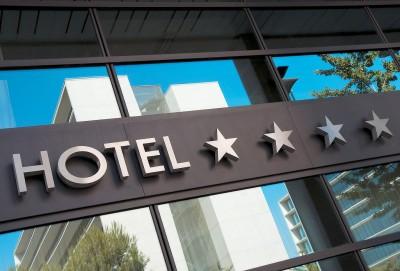H ανάκαμψη του τουρισμού φέρνει νέες επενδύσεις - Στον ξενοδοχειακό κλάδο μπαίνουν Όλυμπος και τα καφέ Mikel