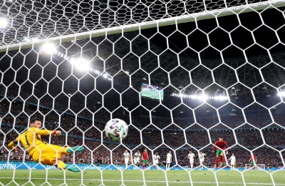 Πορτογαλία – Γαλλία 1-0: Άνοιξε το σκορ με πέναλτι ο Ρονάλντο! (video)