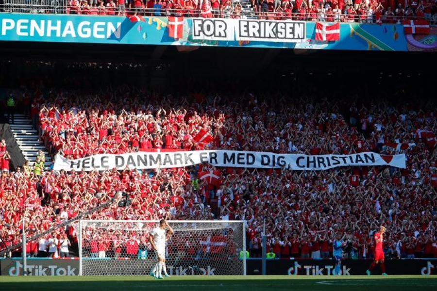 Δανία – Βέλγιο: Συγκινητική διακοπή του αγώνα για τον Έρικσεν! (video)