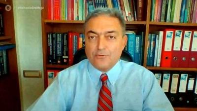 Βασιλακόπουλος: «Η τρίτη δόση του εμβολίου είναι 100% ασφαλής»