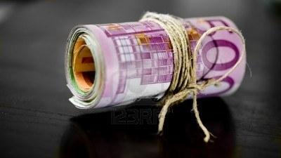 Δημοσιονομικούς τριγμούς 5 δισ. ευρώ  δημιουργούν δύο εκκρεμείς δικαστικές αποφάσεις για τις συντάξεις