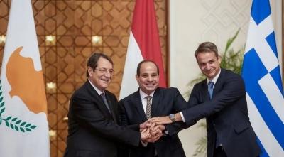 Κυβερνητικές πηγές για τριμερή Ελλάδας - Αιγύπτου - Κύπρου: Στρατηγικής σημασίας τα περιφερειακά σχήματα συνεργασίας