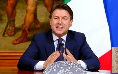 Conte (Ιταλία): Χρειάζεται ευρωπαϊκός συντονισμός για την αντιμετώπιση του κορωνοϊού τα Χριστούγεννα