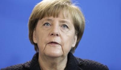 Merkel: Η ΕΚΤ δεν μπορεί να διατηρήσει επ' άπειρον το πρόγραμμα ποσοτικής χαλάρωσης