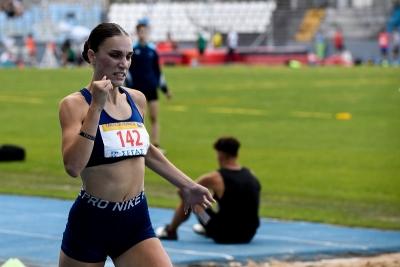 Άννα Χατζηπουργάνη: Ντεμπούτο στη σεζόν με όριο για Παγκόσμιο και Ευρωπαϊκό Πρωτάθλημα