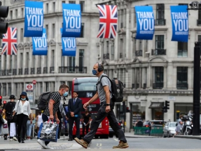 Αγγλία: «Λάθος» η άρση των περιορισμών, σύμφωνα με το 55% των πολιτών