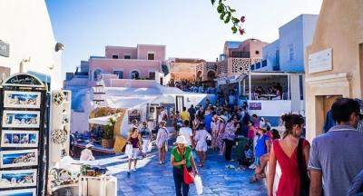 Τoυρισμός: Στο 50% του 2019 τα τουριστικά έσοδα στο οκτάμηνο του 2021