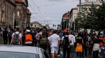 Στους δρόμους ξανά οι Γερμανοί κατά των μέτρων κορωνοϊού - Σε 80 προσαγωγές προχώρησε η αστυνομία