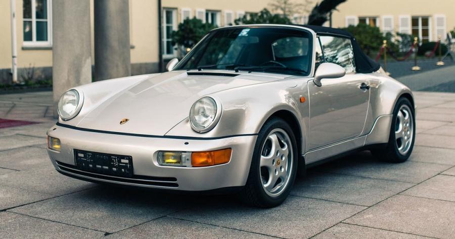 Αυτή την Porsche 911 Carrera την είχε αγγίξει… το χέρι του θεού!