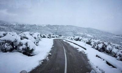 Διακοπή κυκλοφορίας των οχημάτων στη  Λεωφόρο Πάρνηθος λόγω χιονόπτωσης