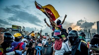 Προάγγελος στρατιωτικής επέμβασης των ΗΠΑ στη Βενεζουέλα, η επικοινωνία Trump με Putin - Σε ετοιμότητα έθεσε τον στρατό ο Maduro