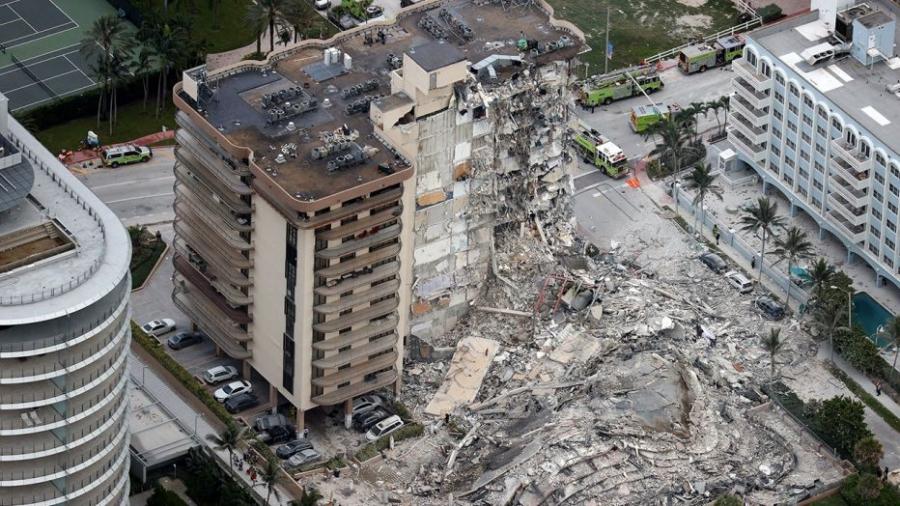 Εφιάλτης στο Μαϊάμι: Τέσσερις νεκροί, 159 αγνοούμενοι από την κατάρρευση πολυκατοικίας
