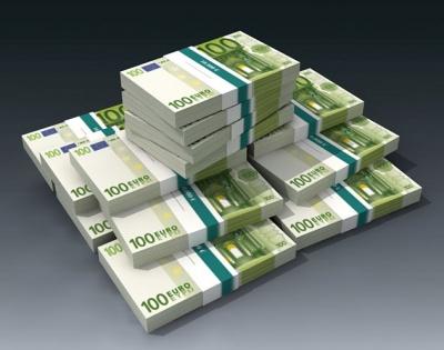 Πλήθος σεναρίων για το κοινωνικό μέρισμα - Στο τραπέζι πρόταση χορήγησης χρημάτων στο χέρι και φοροελαφρύνσεις