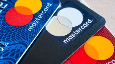 Mastercard: Στα 5 δισ. δολάρια τα έσοδα στο γ' τριμήνο 2021