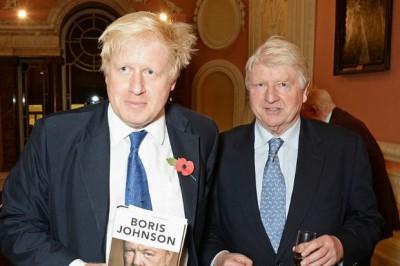 Brexit: Τη γαλλική υπηκοότητα ζήτησε ο πατέρας του Johnson - Υπέρμαχος της ΕΕ