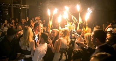 Τέλος τα πάρτι στο Ντουμπάι... ρεκόρ κρουσμάτων κορωνοϊού
