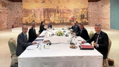 Στην Αθήνα ο επόμενος γύρος διερευνητικών - Οι 3,5 ώρες της ελληνικής αντιπροσωπείας στο Ντολμά Μπαχτσέ