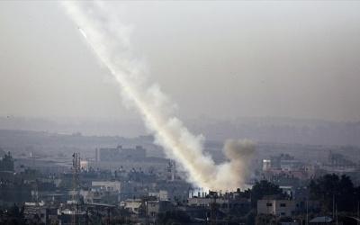Μαχητές εκτοξεύουν δεκάδες ρουκέτες από τη Γάζα με στόχο το νότιο Ισραήλ -  Ισχυρή αντίδραση του Τελ Αβίβ