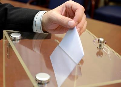 Οι πρόωρες εκλογές ως έξοδος κινδύνου για τους Έλληνες