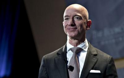 Ευρωβουλευτές ρωτούν τον Jeff Bezos (Amazon) αν κατασκοπεύει πολιτικούς της ΕΕ
