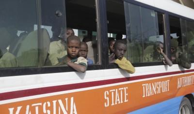 Νιγηρία: Επέστρεψαν στις οικογένειές τους τα 300 αγόρια που είχαν απαχθεί από την Μπόκο Χαράμ