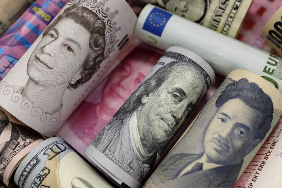 Οι κεντρικές τράπεζες αγοράζουν 1,2 δισ. δολάρια χρέος κάθε… μία ώρα – Δίχως τέλος η φούσκα που δημιουργούν
