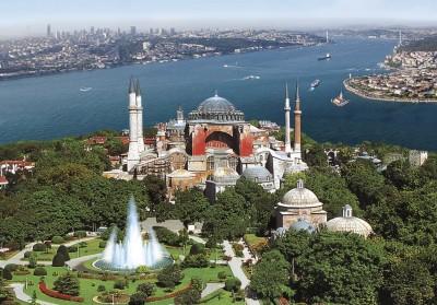 Προκλητικό show Erdogan στην Αγία Σοφία, χωρίς μεγάλη συμμετοχή πιστών - Αντιδράσεις σε Ελλάδα, ΕΕ και ΗΠΑ