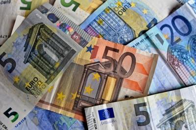ΕΛΣΤΑΤ: Μειώθηκε το διαθέσιμο εισόδημα των νοικοκυριών το α' τρίμηνο 2020