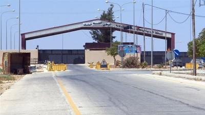 Η Ιορδανία άνοιξε εκ νέου την εμπορική της πύλη με τη Συρία, που είχε κλείσει λόγω Covid -19