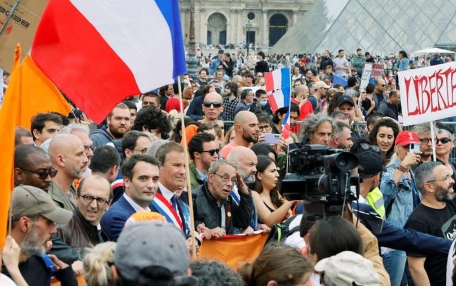 Μεγάλες διαδηλώσεις στη Γαλλία κατά του υποχρεωτικού εμβολιασμού για Covid