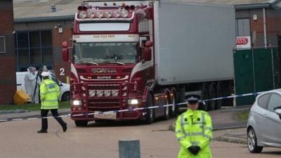 Βρετανική αστυνομία: Και οι 39 άνθρωποι στο φορτηγό-ψυγείο στο Έσσεξ ήταν Βιετναμέζοι