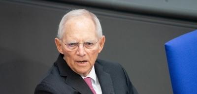 Schaeuble: Έχουμε ξεπεράσει σημαντικότερα προβλήματα από την κλιματική αλλαγή