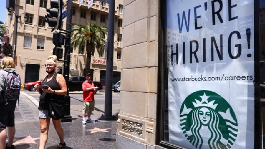 ΗΠΑ: Επιβράδυνση στις νέες θέσεις εργασίας στον ιδιωτικό τομέα τον Ιούλιο, στις 330.000